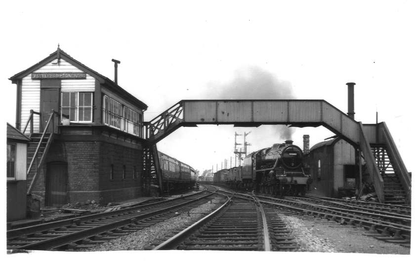 44682 passing Wolverhampton No.4 box 1961