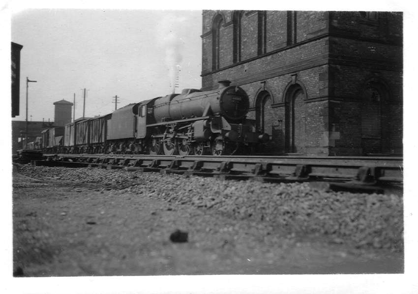 44910 Tamworth Station 1949