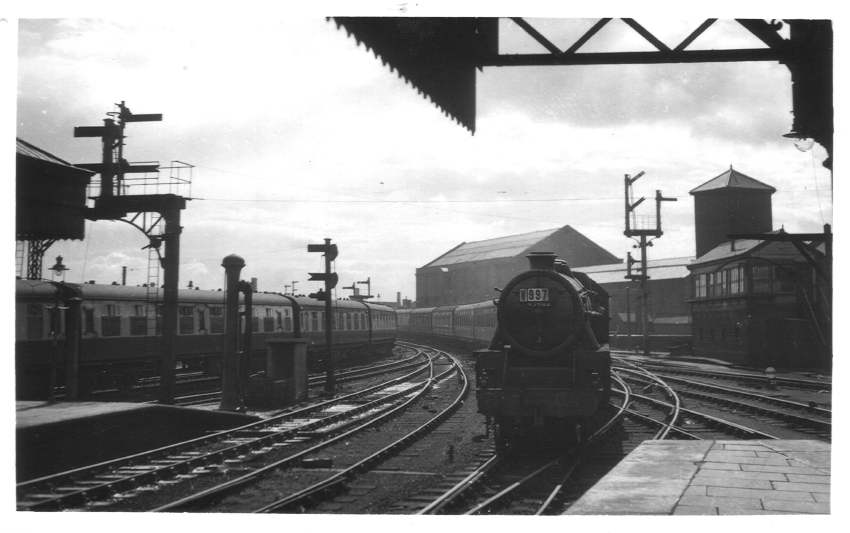 45402 Wolverhampton (High Level) Station 1952