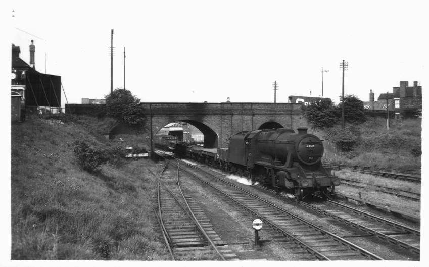 48514 3A near Brownhills Station 1955