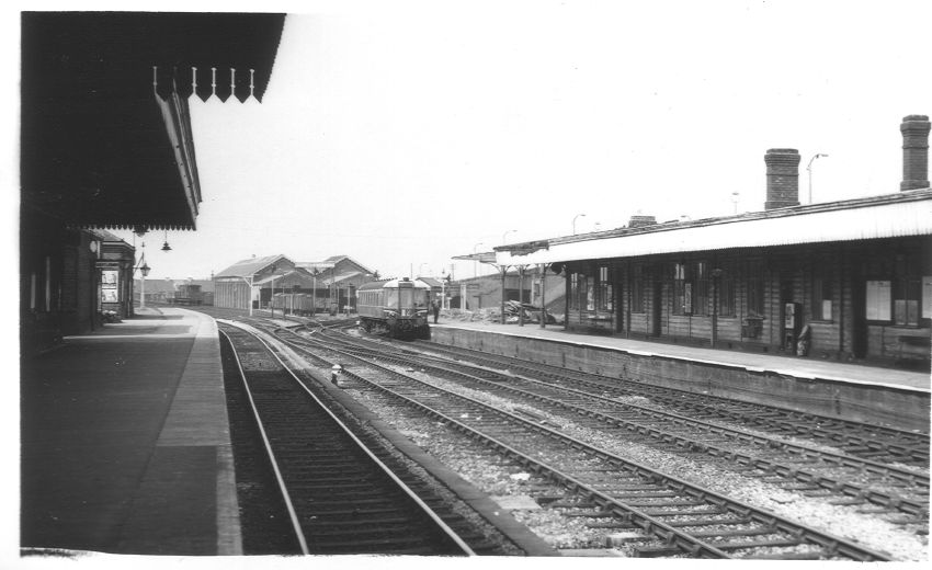 Dudley Station from P2