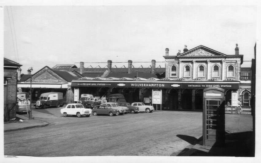 Wolverhampton (High Level)  Station 1960