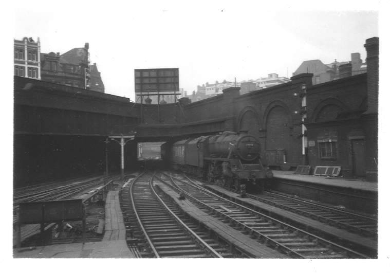 44843 New Street Station